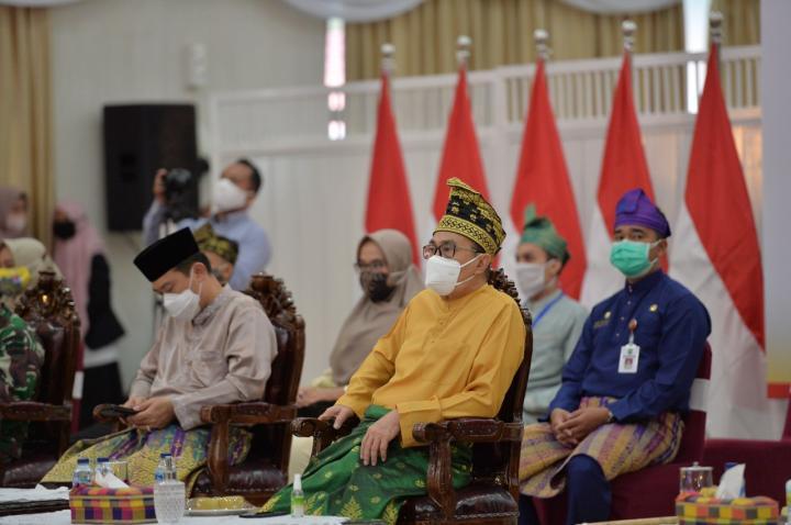 Gubernur Ajak Pemuda Riau Terus Berprestasi di Tengah Pandemi