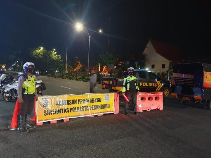 Penyekatan Jalan di Pekanbaru Dilonggarkan, Kasat Lantas Ingatkan Jangan Euforia