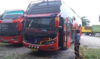 Cegah Covid-19, Bus Makmur/Halmahera Disinfektan