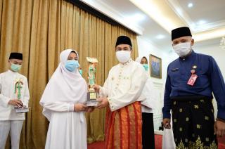 Membanggakan 12 Siswa Menang Program Tahfidz Quran Tingkat SMA/ SMK se-Riau