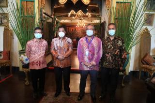 Pjs Gubernur KepriMinta Diskresi ke Dubes Malaysia Buka Perbatasan Antara Negara