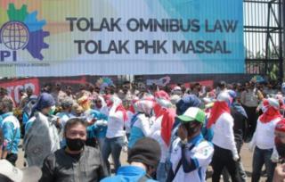 2 Juta Buruh Bergabung dalam Aksi Mogok Nasional Tolak Omnibus Law