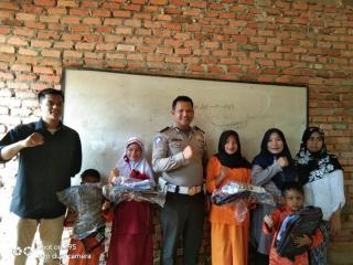 Jual Perhiasan Istri, Bripka R Manurung Bangun Sekolah Marjinal