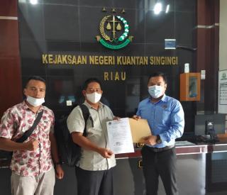Kades Petapahan Dilaporkan, Diduga Selewengkan Dana BUMDes