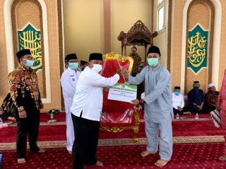 Implementasi CSR, Camat Kunto Darussalam: PT EDI Patut Dicontoh