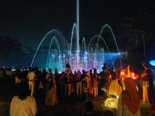 Meriah, Festival of Light di Alam Mayang