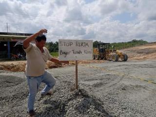 Buntut Ganti Rugi Tak Beres, Warga Bengkalis Stop Alat Berat PT HKI