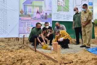 GAPKI Bangun 1000 Rumah Bagi Buruh Perkebunan Sawit