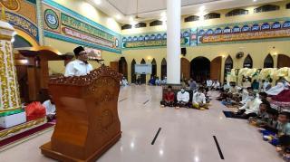 Pj Bupati Inhu, Chairul Riski Gelar Safari Ramadhan dan Serahkan Bantuan
