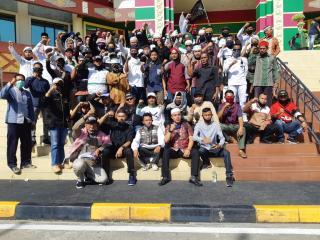 Tolak RUU HIP, Ratusan Massa Datangi Gedung DPRD Riau