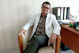 dr Yovi: Saya Rindu Keluarga, Hanya Bisa Video Call