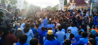 Demo Tolak Omnibus Law Ricuh, Wagubri Langsung Dievakuasi