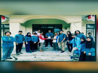 Tim Pengabdian Unri Kenalkan Inovasi Teknologi Lidi Sawit Menjadi Produk Handmade di Desa Sako