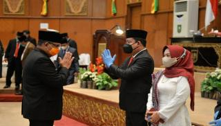 PAW Fraksi PKB dan PDI-P di DPRD Riau, Dua Anggota Baru Dilantik